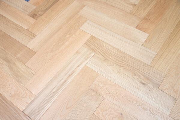 Herringbone-Floor-Raw