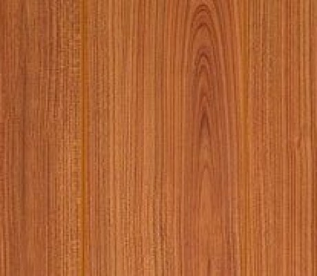Single Strip Laminate Floor